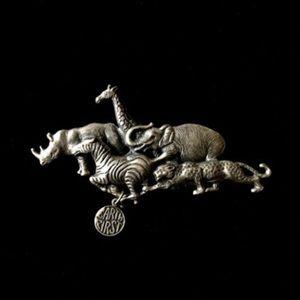 Animal Earth Day Silver Filigree 60s Brooch Pin